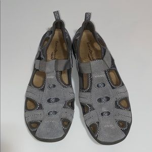 Earth Origin Slip-on shoe size 8 1/2